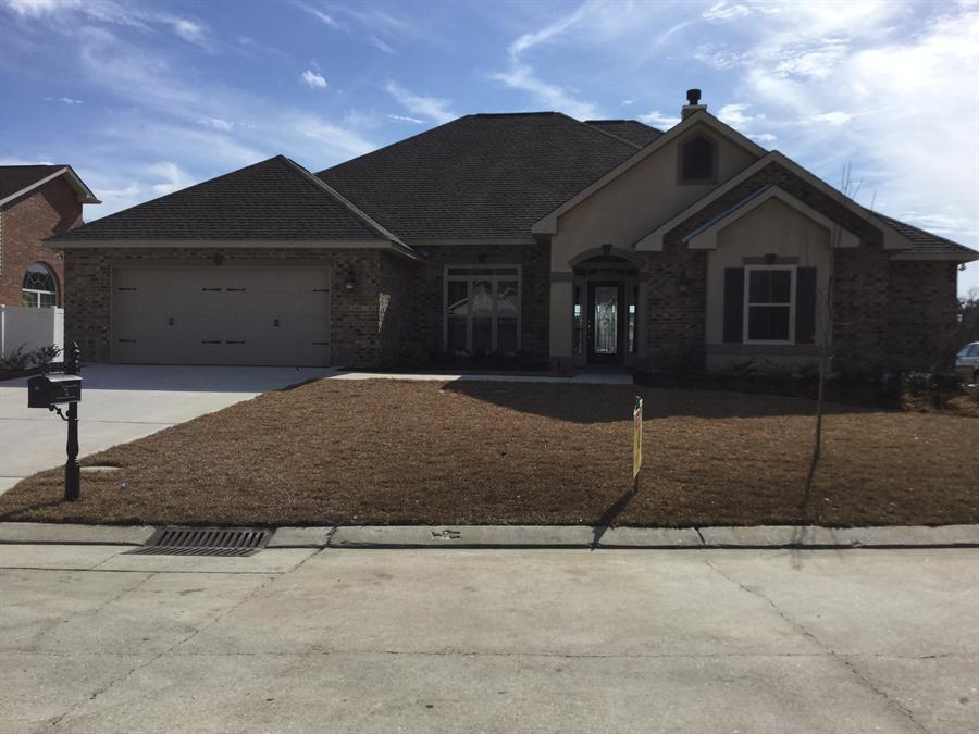 2753 acadiana trace marrero la 70072 for Acadiana homes